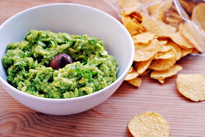 Classic Guacamole with Chips